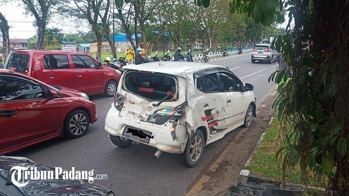 KRONOLOGI Versi Polisi: 3 Mobil Terlibat Kecelakaan di Tabing Kota Padang, Bikin Kemacetan Panjang