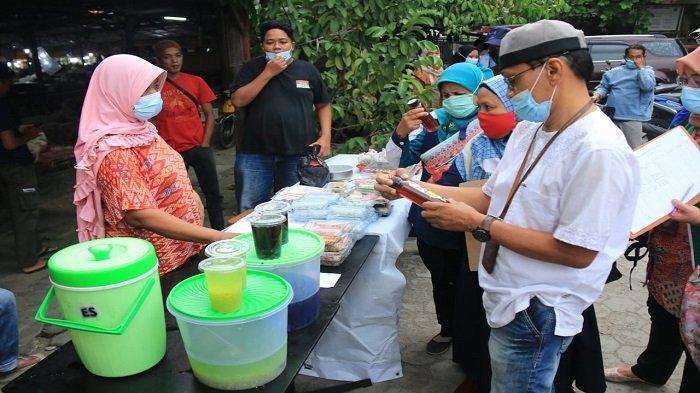 BPOM Padang Uji Sampling Takjil di Pasar Lubuk Buaya dan Ulak Karang, Nihil Bahan Berbahaya