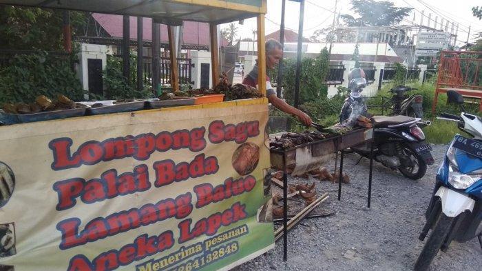 Lompong sagu Buk Mira Di Simpang 4 By Pass Durian Tarung Kecamatan Kuranji Kota Padang