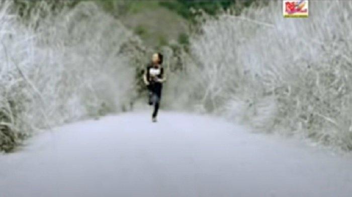 Lirik Lagu Minang Jurang Cinto - Ades Sadewa: Rindu kini lah barintang