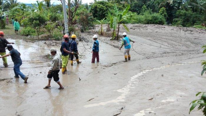 PLN UIW Sumbar Pulihkan Listrik PascaBanjir Bandang dan Longsor di Tanah Datar
