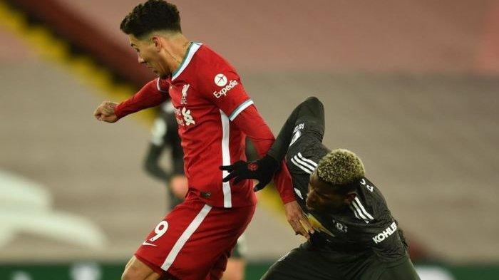 Manchester United mandul di 30 menit awal babak pertama melawan Liverpool. Skor pun masih sama kuat 0-0.