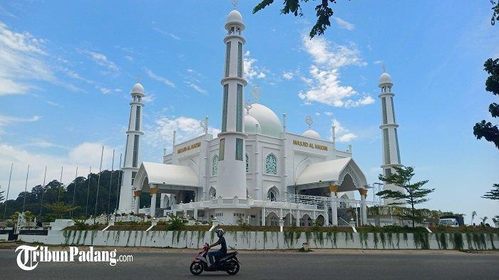 Masjid Al-Hakim Siap Laksanakan Shalat Tarawih dan Sediakan Ratusan Takjil Gratis di Bulan Ramadhan