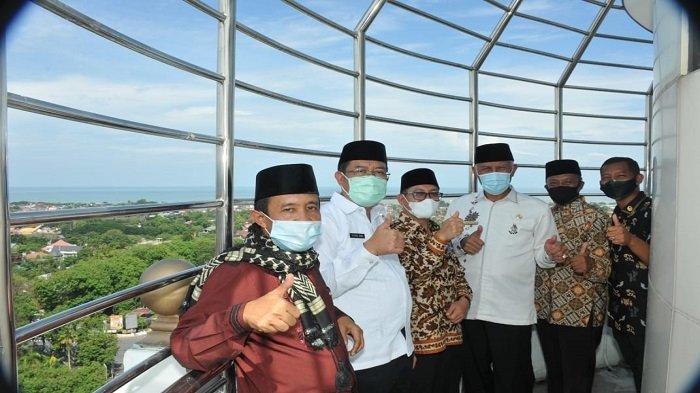 Gubernur Mahyeldi Buka Menara Masjid Raya Sumbar, Resmi Dibuka untuk Umum