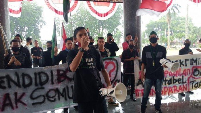 HMI Cabang Padang Desak Gubernur Batalkan Zonasi dalam PPDB 2020, Berikut Tuntutan Lainnya