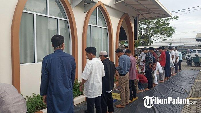 Salat Ied Idul Adha di Masjid Mujahidin, Jemaah Diwajibkan Memakai Masker dan Menjaga Jarak