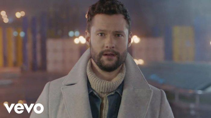 Download (Unduh) Lagu You Are The Reason Calum Scott, Ada Terjemahan Lirik Lagu Bahasa Indonesia
