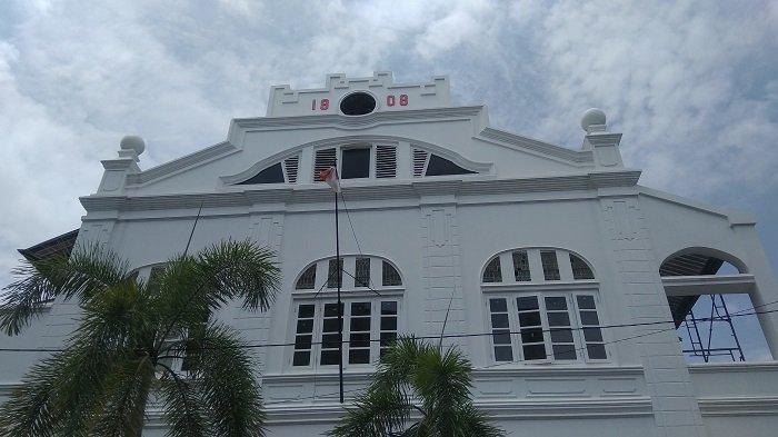 Melihat Bangunan Bersejarah Bank Tabungan Sumatera Barat di Kawasan Kota Tua Padang