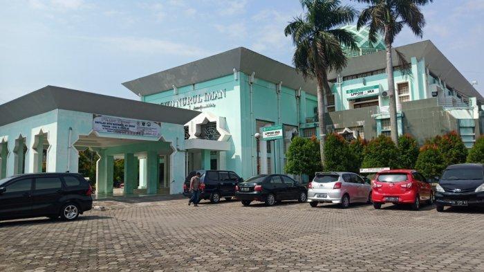 Daftar Nama Penceramah di Masjid Nurul Iman Padang Ramadhan 2021/1442, Dilengkapi dengan Judulnya