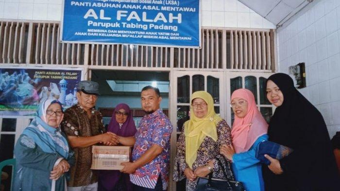 Pascaterbakar, Panti Asuhan Al Falah Khusus Anak Mentawai di Kota Padang Dapat Santunan