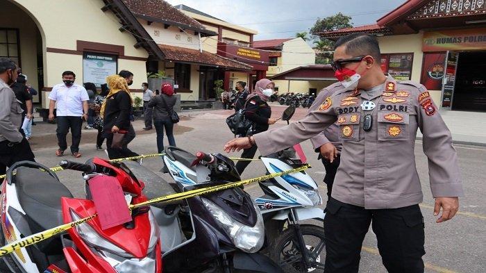 Kasus Curanmor di Kota Bukittinggi, Kapolres: Dari 12 Barang Bukti, 6 Motor Belum Ada Laporan Polisi