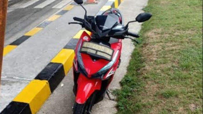 Pengendara Honda Vario Nekat Melintas di Jalan Tol, Aksinya Terekam Kamera hingga Viral di Facebook