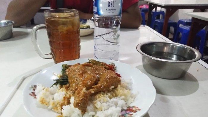 Kebiasaan di Rumah Makan Padang, Minum Teh Goyang Setelah Makan Ternyata Berbahaya, Ini Dampaknya