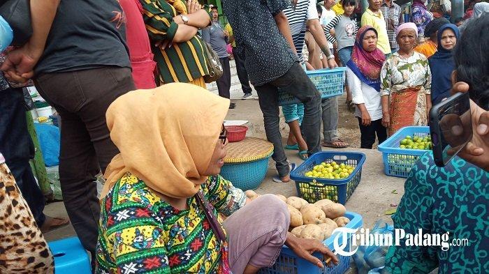 Pihak Dinas Perdagangan Telah Dua Kali Nasihati Pedagang Agar tidak Berjualan di Trotoar