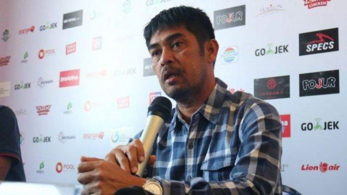 Semen Padang FC Vs Persela Lamongan - Ini Tanggapan Nilmaizar Ditanyai Soal Semen Padang FC