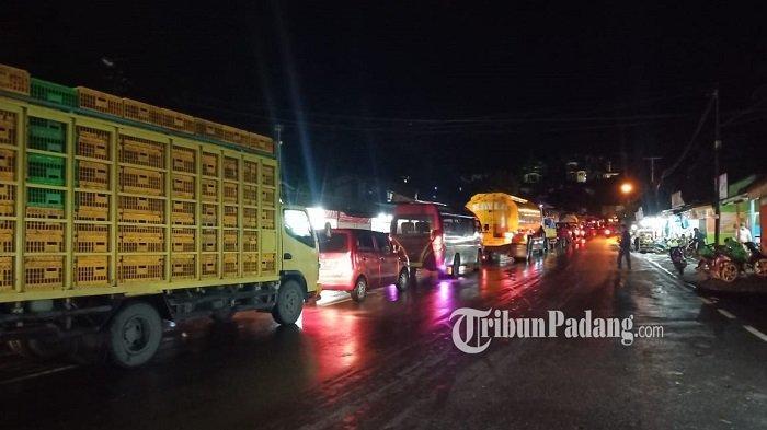 Arus Lalu Lintas Jalan Padang - Solok Mulai Normal, AKP Alfin: Akses Sudah Kembali Lancar