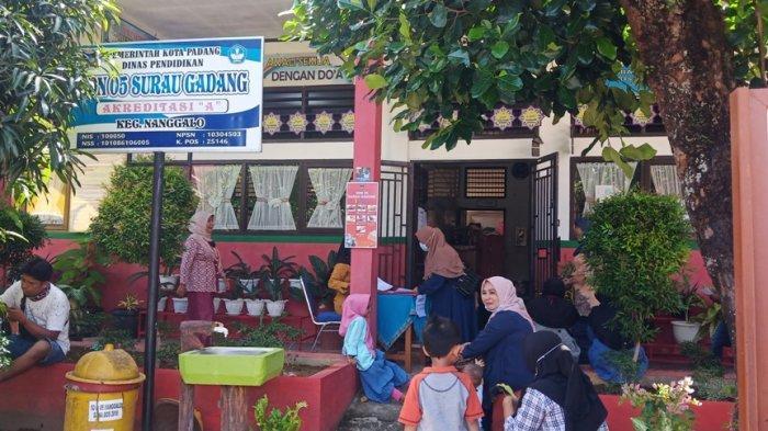 PPDB SD 2021 di Padang, Masih Banyak Orang Tua 'Paksa' Daftarkan Anak di Luar Zonasi