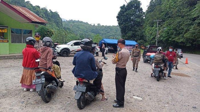 Pos Penyekatan PPKM Darurat Perbatasan Padang-Solok Rabu 14 Juli 2021: Putar Balik Arah 57 Kendaraan