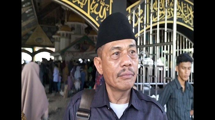 Datang dari DKI Jakarta, Perantau Asal Tanah Datar Ikuti Tradisi Basapa ke Ulakan, Padang Pariaman