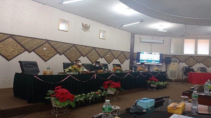 Terkait Pergantian Ketua Fraksi PKS Kota Padang, Arnedi Yarmen: Kita Bagi Berat Ini