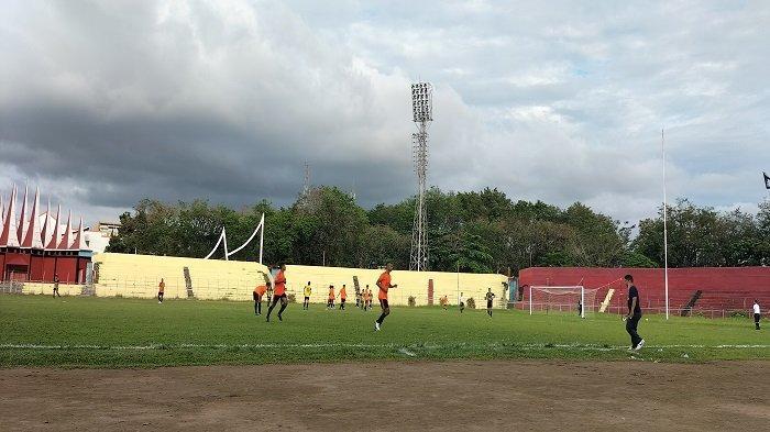 PSP Padang Takluk Atas PS Pasbar Skor 2-5, Kewalahan Ladeni Tim Tamu di GOR H Agus Salim