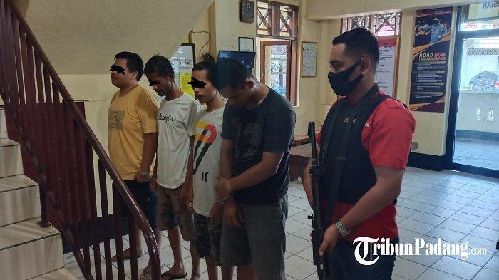 Asyik Pesta Sabu, 4 Lelaki di Seberang Padang, Kota Padang Dibekuk Tim Polsek Padang Selatan