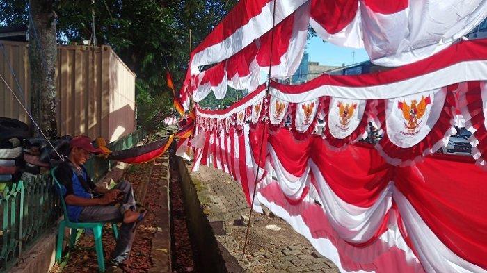 POPULER PADANG - Halte Trans Padang Terima Isi Ulang Saldo Brizzi| Curhat Pedagang Bendera di Padang