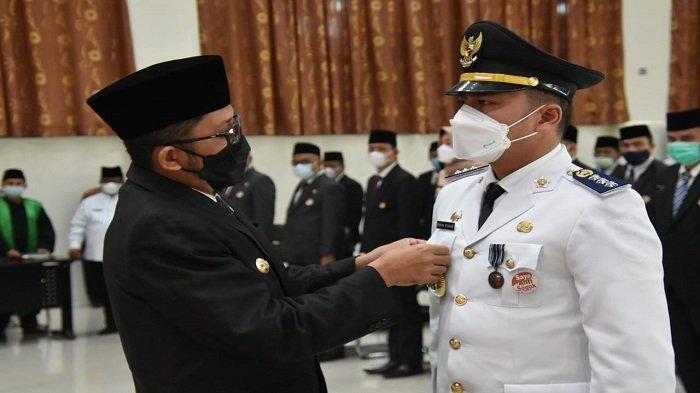 Pejabat Eselon III dan IV Pemko Padang Dilantik Walikota Padang Hendri Septa