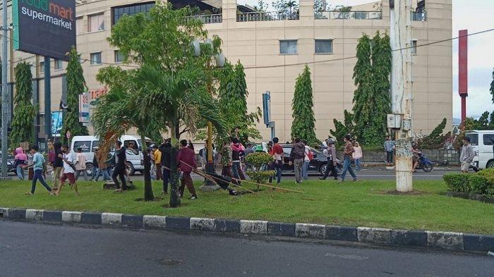 Pelajar SMA Serang Polisi saat Demo di Padang, Diduga karena Tak Terima 6 Kawannya Ditangkap