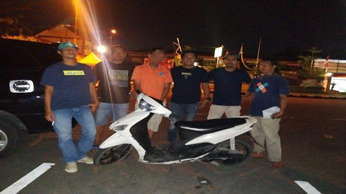 Curi Motor di Halaman Masjid, Polisi: Pelaku Gunakan Kunci T Berujung Runcing Hidupkan Kendaraan