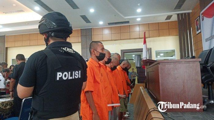 5 Orang Penambang Emas Ilegal di Pasaman Ditangkap Polda Sumbar, 2 Alat Berat Diamankan