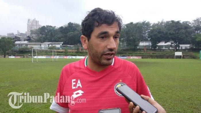 Eduardo Almeida Kecewa Kebobolan pada Menit Akhir, Tetap Apresiasi Tim Semen Padang FC