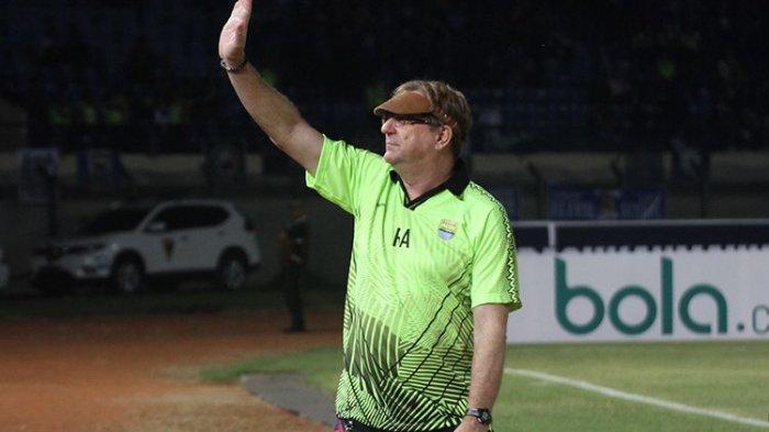 Persib Bandung vs PSS Sleman - Robert Rene Alberts Targetkan Supardi Nasir Cs Tembus Final
