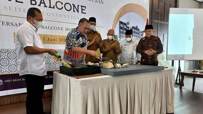 DAS Group Bangun The Balcone Suites & Convention, Hotel Bintang Lima Pertama di Agam