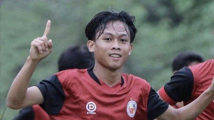 Profil Firman Juliansyah Pemain Tim Semen Padang FC, Pernah Temani Orang Tua Memilih Botol Bekas