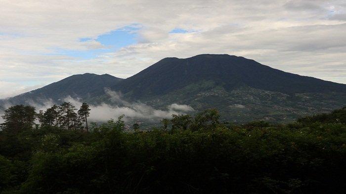 TRIBUNWIKI : Inilah Tujuh Gunung yang Ada di Sumatera Barat, Dapat Dijadikan Destinasi Wisata Alam