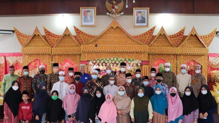 Gubernur Sumbar Janjikan Hadiah Haji, Rumah & Toko bagi Juara I Seleksi Tilawatil Quran Hadist 2021