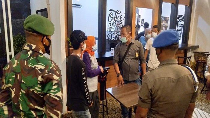 37 Orang Terjaring Razia Masker di Kota Pariaman, Kena Sanksi Kerja Sosial Bersihkan Area Razia