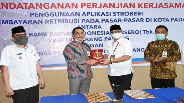 Pasar Tradisional Padang Gunakan Aplikasi Stroberi dari BRI, Permudah Pungutan Retribusi