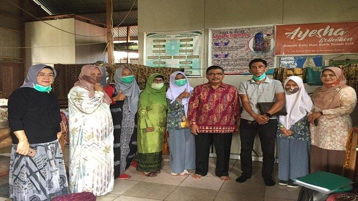 Pengabdian Kepada Masyarakat Prof Dr Herwandi MHum, Izin Pemakaian Motif Batik Karya Sendiri