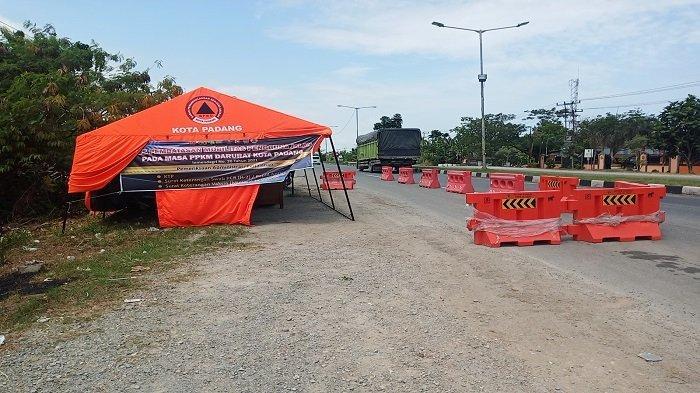Penyekatan Kendaraan di Pintu Masuk Kota Padang Ditiadakan, Posko Masih Tampak Berdiri