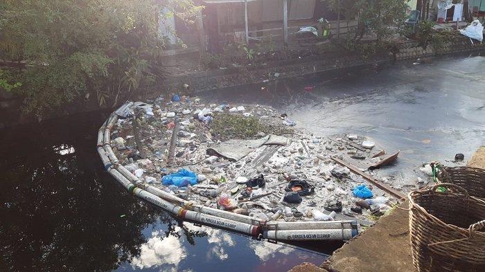 Kurangnya Kesadaran Masyarakat untuk Menjaga Lingkungan akan Berdampak? Tulislah Fakta-faktanya