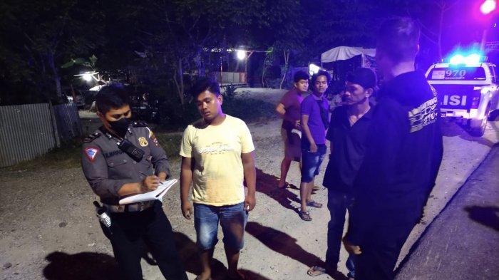 Truk Nissan Vs Truk Hino di Jalan By Pass Kuranji Padang, Seorang Sopir Luka di Kepala