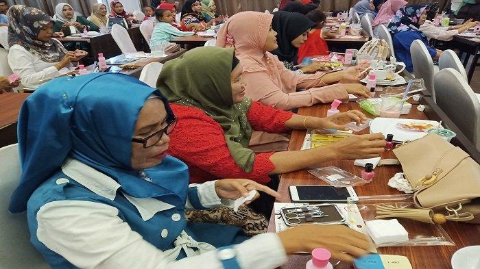 Rayakan Hari Kartini, GOJEK Di Padang Memberikan Pelatihan Khusus Untuk Peningkatan Kesejahteraan
