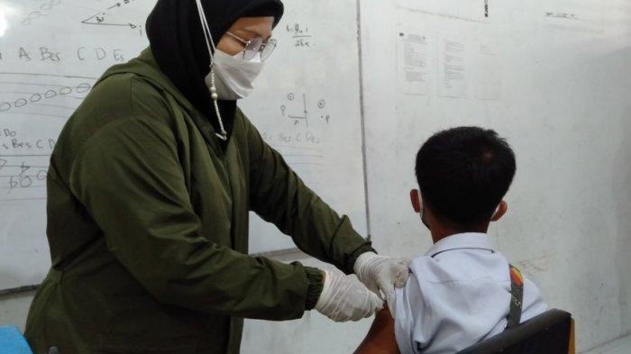 45 Ribu Siswa SMP di Padang Ditargetkan Ikut Vaksin, Wali Kota: Membentuk Herd Immunity