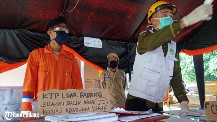 Pemeriksaan di Posko Perbatasan Solok - Padang, Kendaraan Tidak Berkepentingan Diminta Berbalik Arah