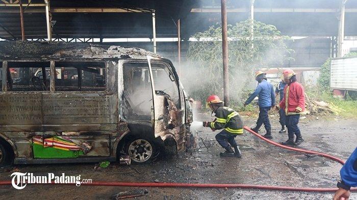 PADANG - Kebakaran Ludeskan 2 Bus di Lubuk Begalung| Ada Pemeriksaan Mata Gratis