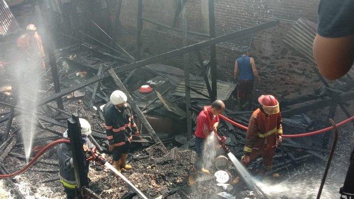 Satu Rumah di Tanah Datar Terbakar, Api Diduga dari Dapur, Kerugian Mencapai Rp 350 Juta