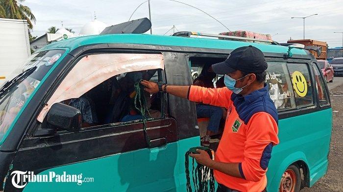 Masih Ada Masyarakat Tidak Menggunakan Masker, BPBD Kota Padang Bagikan 4 Ribu Masker