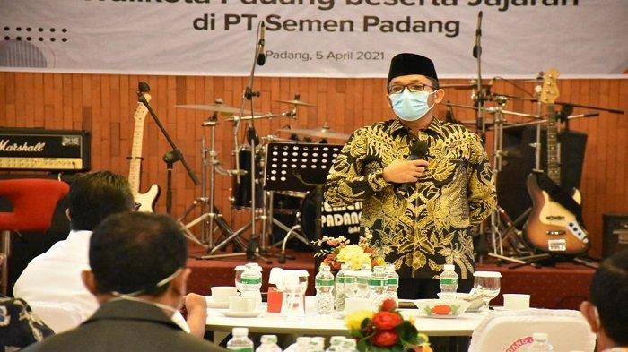 Hendri Septa Mengaku Bangga dengan Semen Padang, Berikut Ini Alasannya